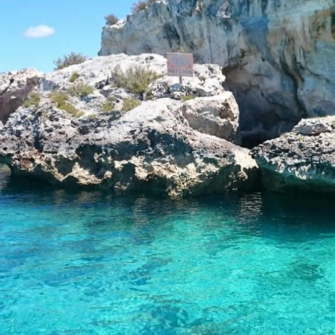 Staniel_Cay_Vacation_rock